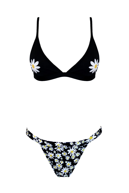 17.Daisy Bikini Front
